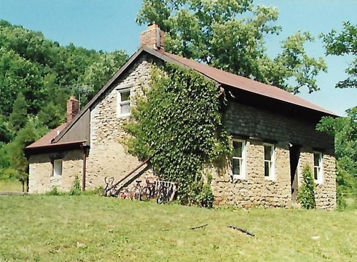 Stone House on Hogan Creek [crica 1987]