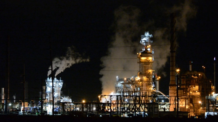 Oil refinery along I46 road to Galveston